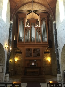 The main organ in the cathedral.