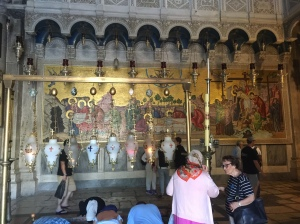 The large mosaic as we entered the church that depicts the crucifixion and burial of Jesus.